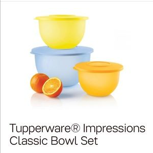 Bolws Impressions set by tupperware